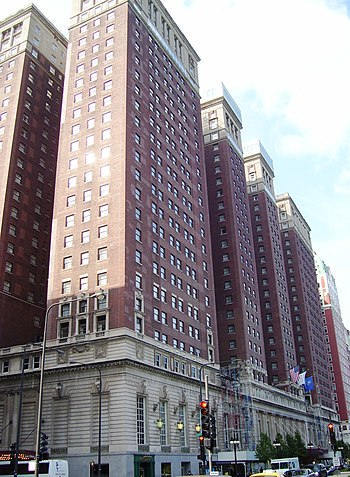 The Hilton Hotel at 720 South Michigan Avenue ...