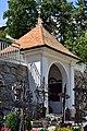 Hippach - Friedhof mit Kriegerdenkmal.jpg