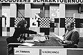 Hoogovenschaaktoernooi Timman (links) tegen Kortsjnoj, Bestanddeelnr 930-6304.jpg