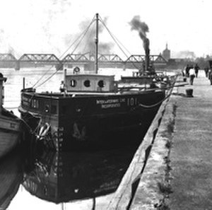 Day Peckinpaugh - Day Peckinpaugh docked at Albany on her maiden voyage in 1921