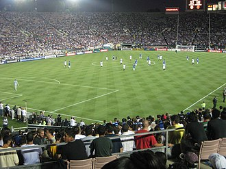 Football at the 1984 Summer Olympics - Image: Inter vs Chelsea at the Rose Bowl
