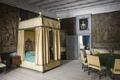 Interiör. Sängen i gula sängkammaren - Skoklosters slott - 85960.tif
