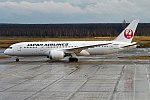 Japan Airlines, JA840J, Boeing 787-8 Dreamliner (25745825972) (2).jpg