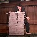 Jarno Strengell Han Moo Do- murskauskuva, 12 lekaharkkoa yhdellä lyönnillä.jpg