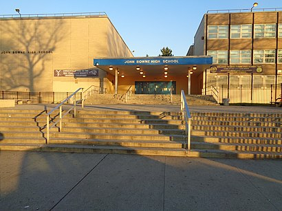 How to get to John Bowne High School with public transit - About the place