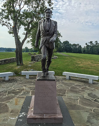 John Chafee - Statue in Colt State Park