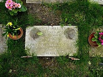 John Le Mesurier - The grave of Le Mesurier at St. George's Church, Ramsgate