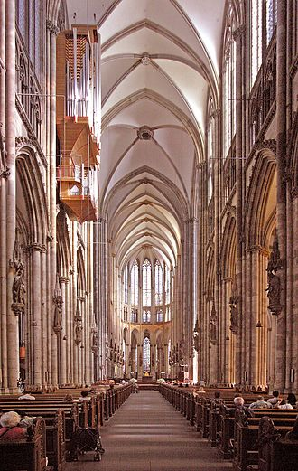 Kanon Pokajanen - Interior of the Cologne Cathedral, for which the piece was composed