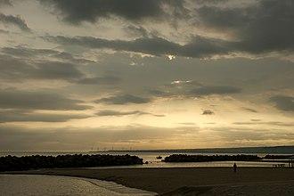 Miho Bay - Image: Kaike onsen 04n 4592