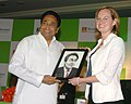 "Kamal Nath receives the Award the ""fDI Personality of the year 2007"" for Asia as well as worldwide by fDI magazine and Financial Times Business, in New Delhi on August 31, 2007.jpg"