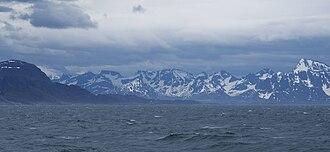 Kangerlussuaq Fjord - Rain and wind in Davis Strait at the mouth of Kangerlussuaq Fjord