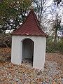 Kaplička u farmy zvané Peklo severně od Pelhřimova (Q67180619) 03.jpg