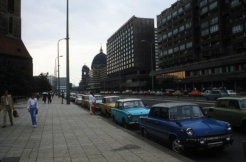 File:Karl-Liebknecht-Straße, East Berlin, DDR, 1985 summer.jpg