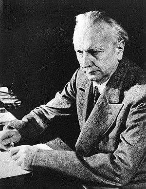 Karl Jaspers - Karl Jaspers in 1946
