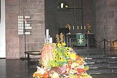 Karlsruhe, der Altar der Stadtkirche.JPG