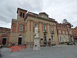 Kidderminster Town Hall - Sir Rowland Hill statue with guitar (28881834993).jpg