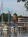 Kiel Holtenau Schleuseninsel Wasser- und Pegelturm.jpg