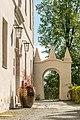 Klagenfurt Lorettoweg 52 Maria Loretto Schloss Sued-Seite Balkon-Portal 20042017 5064.jpg