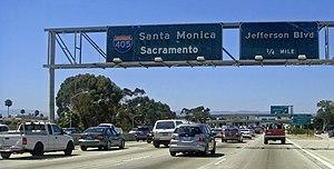 English: Santa Monica Freeway at the interchan...