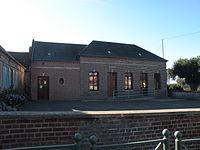 La Neuville-d'Aumont mairie.JPG
