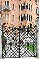 La villa Otello (Lido de Venise) (8155380665).jpg