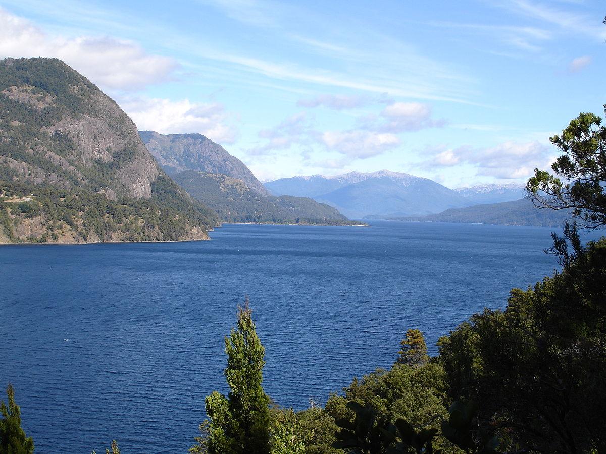 Lácar Lake - Wikipedia
