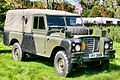 Land Rover - Beds Steam & Country Fayre 2015 (25651423324).jpg