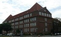 Landesarbeitsgericht Hamburg,ehemalige Volksschule, NO-Ansicht.jpg