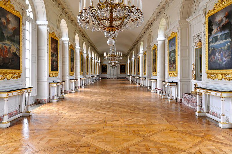 File:Le Grand Trianon, Galerie des Cotelle.jpg