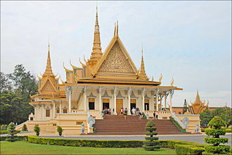 Royal Palace, Phnom Penh - The throne hall inside the Royal Palace complex
