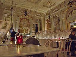 Le Royal café-bar-restaurant in Antwerpen Centraal II