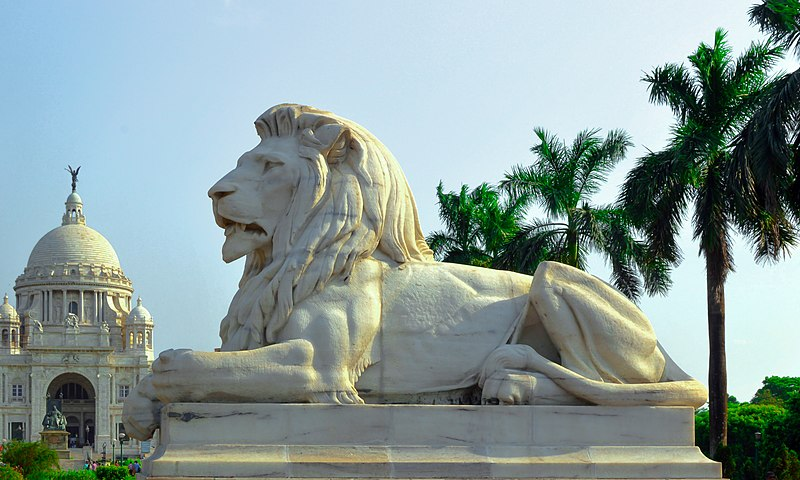 800px-Lion_statue_at_Victoria_Memorial,_Kolkata_01.jpg (800×480)