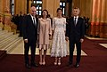 Llegada de los líderes y sus acompañantes al Teatro Colón (32250416518).jpg