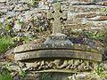 Loc-Ildut 4 Croix et sculpture.JPG