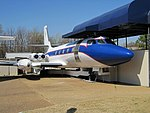 Lockheed Jetstar Hound Dog II Graceland Memphis TN 2013-04-01 015.jpg