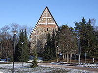 Lohjan Pyhän Laurin kirkko maaliskuussa 2007.jpg