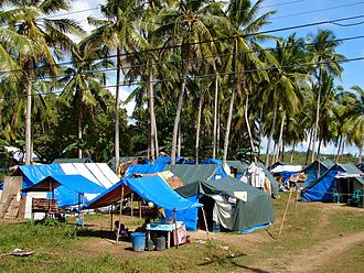 2013 Bohol earthquake - Camp of temporary shelters with displaced people in Loon