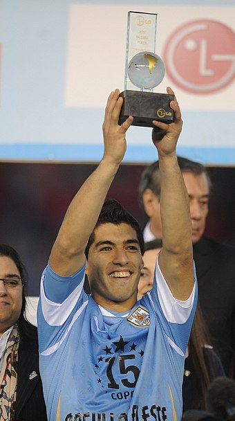 Suarez was named most valuable player of the 2011 Copa America Luis Suarez - CA2011 mvp award (cropped).jpg