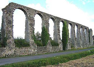 Aqueduct of Luynes