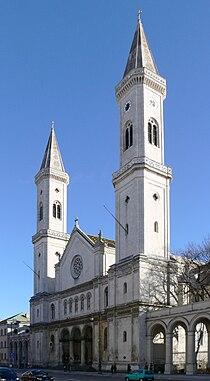 München St Ludwig Fassade.jpg