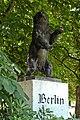 Madrid Parque de Berlin Oso de Berlin.jpg