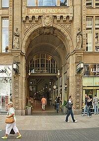 Memoria Visiva Città - Pagina 30 200px-Maedler_Passage_Leipzig_2009