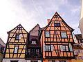 Maisons alsaciennes place du 2 Février à Colmar.jpg