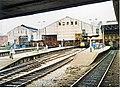 Manchester Victoria - bay platforms 1988 - geograph.org.uk - 820060.jpg