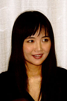 Mari Iijima at Tekkoshocon 5 talking cropped 2.jpg
