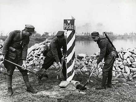 Polish boundary post at the Oder-Neisse line in 1945 Marking Polish-German Border in 1945.jpg
