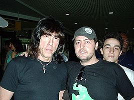 Marky Ramone and Fans.jpg