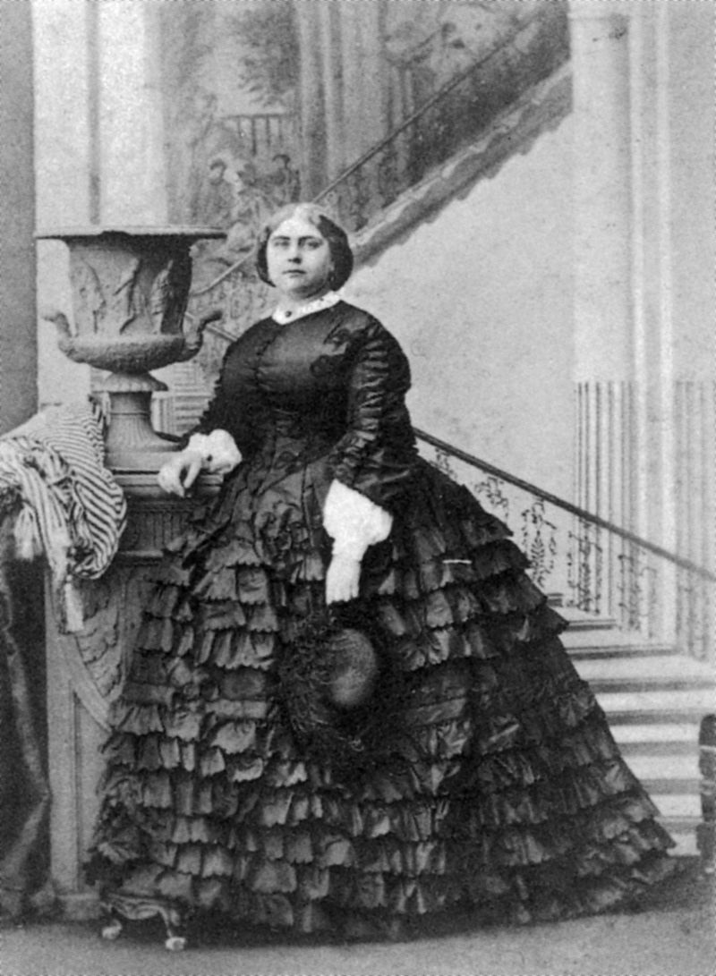 Princess Mary Adelaide in 1860 (photo credit: Camille Silvy via Wikimedia Commons).