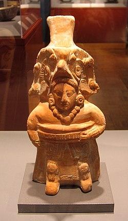 https://upload.wikimedia.org/wikipedia/commons/thumb/1/1e/Maya_Ballplayer,_Jaina_Island,_1.jpg/250px-Maya_Ballplayer,_Jaina_Island,_1.jpg
