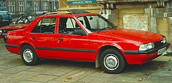 Mazda 626 notchback 1984 London.jpg